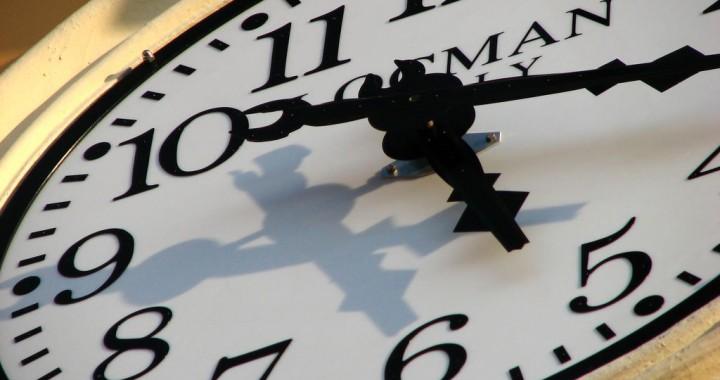 Con qué frecuencia y en qué horarios debo publicar